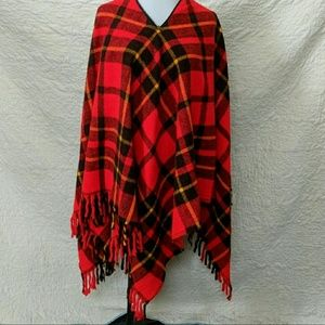 Sweaters - Cute Cozy poncho